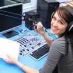 Praca dziennikarza radiowego