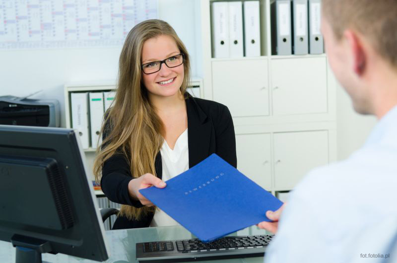 Doradztwo i pomaganie w szukaniu pracy